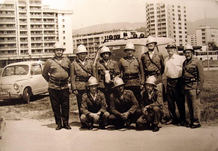 Sprejem gasilske avtocisterne IVECO 120 E23, decembra 1996 z županom Srečkom Mehom, podžupanom Bojanom Kontičem in vodstvom GZ Velenje in članstvom PGD Pesje.